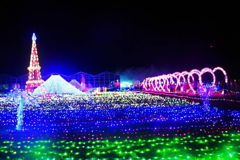 青舍里旅游区大型灯光节活动胜利开幕了